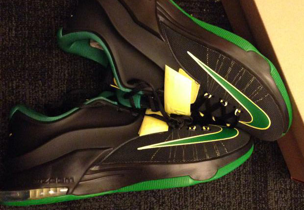 "quality design 4c763 38db4 Nike KD 7 – Oregon Ducks ""Away"" PE"