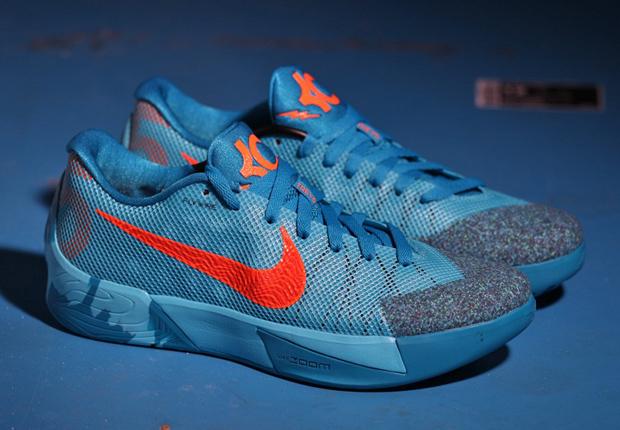 ... Nike Zoom Kd7 Durant Mens Basketball Sneakers Us12.5 Eu45-46 Egg Nog  Christmas Nike KD Trey ...