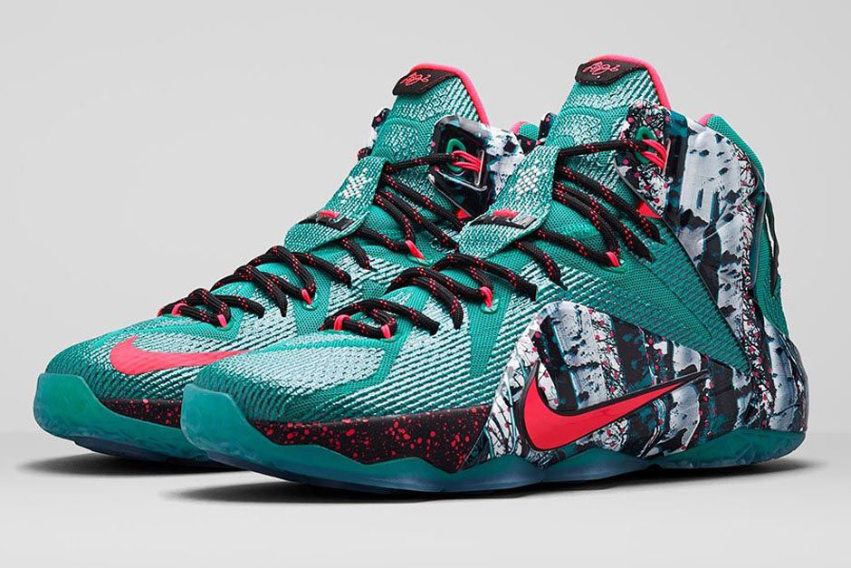 "Nike LeBron 12 ""Christmas"" - Release Date - SneakerNews.com"