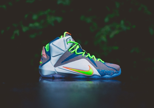 """Nike LeBron 12 """"Trillion Dollar Man"""" – Arriving at Retailers"""