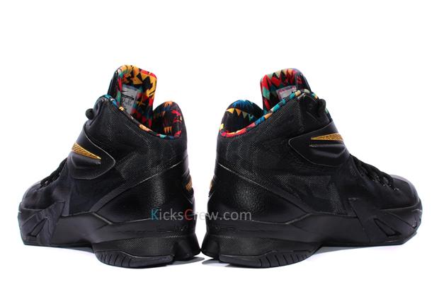 5d510428dfaa Nike Zoom LeBron Soldier 8