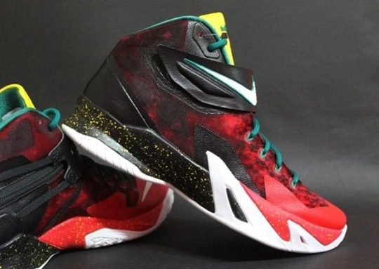 "Nike Zoom LeBron Soldier 8 ""Christmas"""