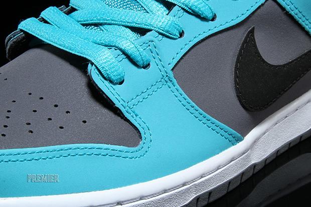 pretty nice 0ef82 00db3 Nike SB Dunk Low