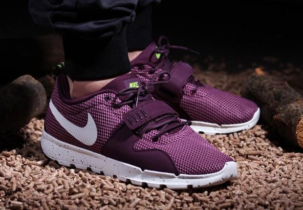 "wholesale dealer b11a5 15ae5 Nike SB Trainerendor ""Merlot"""