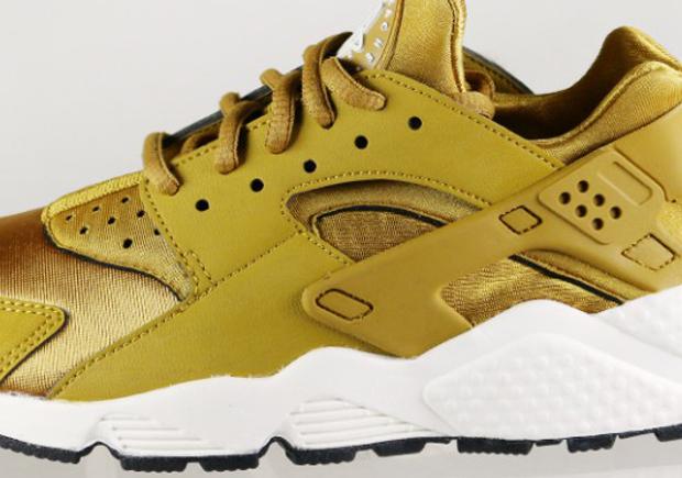 "best loved 4ab81 14480 Nike Womens Air Huarache ""Bronzine"""