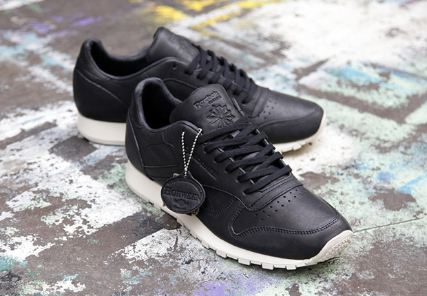 675de2c5a2b58 Horween x Reebok Classic Leather Lux - Black - SneakerNews.com