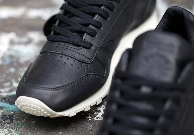 7e2b307225c4d Horween x Reebok Classic Leather Lux - Black - SneakerNews.com