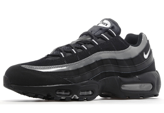 nike air max 95 wolf grey black .