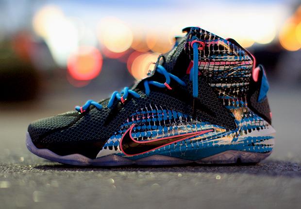 5f42f06249f4cb Nike LeBron 12