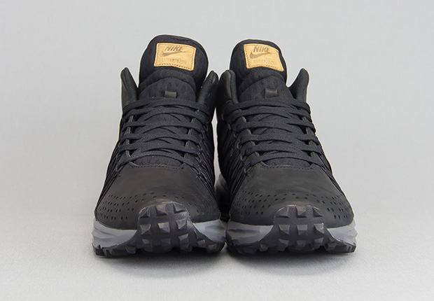 huge sale a3d2b 28919 hot sale Nike LunarFresh SneakerBoot Premium Available