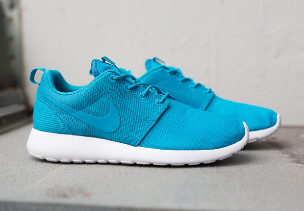Nike Roshe Run \u0026quot;Blue Lagoon\u0026quot; - SneakerNews.com