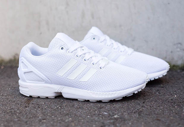 ... sleep on this crispy look for the ZX Flux. Find them at overseas adidas  Originals suppliers like Suppa now, or expect them here in the US this  spring.