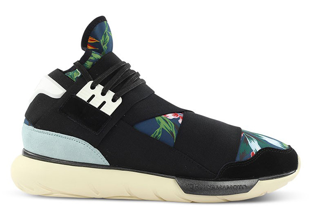 db7f229924a6 A Detailed Look at the adidas Y-3