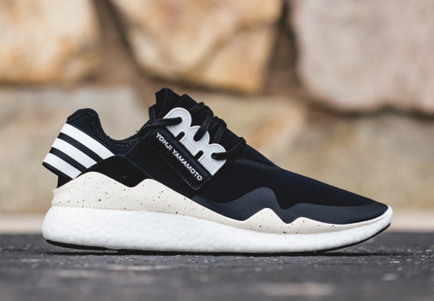 new product 0d103 03d8f ... arsenal when it comes to championing their latest outsole cushion  system, and the latest silhouette to don the BOOST technology is this adidas  Y-3 Retro ...