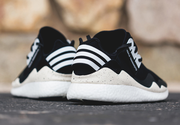 online store bc94b 44a64 Source  Feature Sneaker