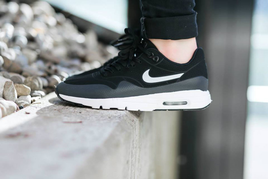 low cost air max 1 moire on feet 9a32b 054a2