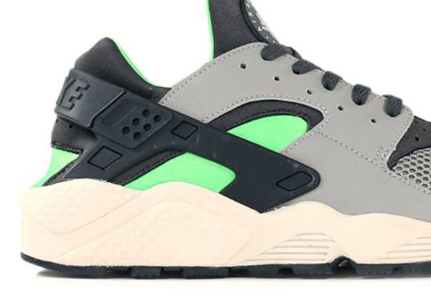 outlet store 522aa 955fd Nike Air Huarache - Grey - Neon - Black - SneakerNews.com