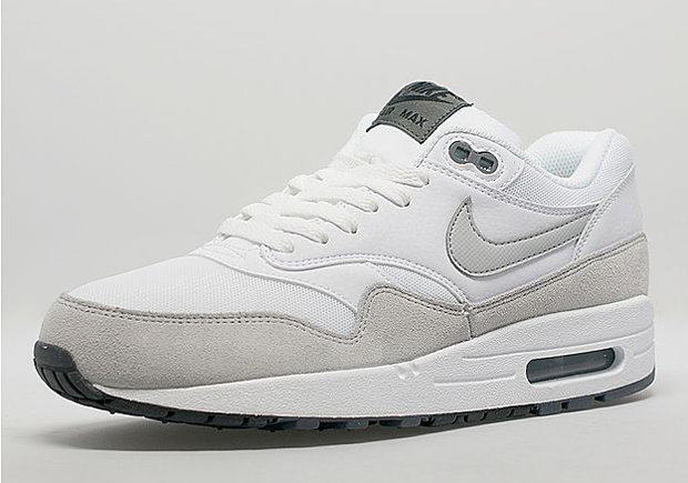 Cheap Nike Air Max 1 'Master'. Cheap Nike SNKRS