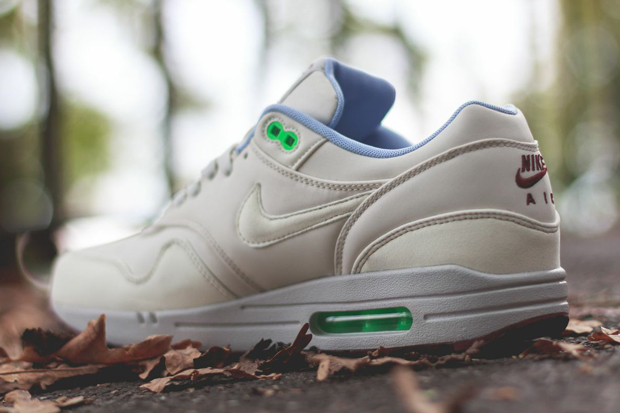 nike air max 1 fb (light bone / light bone - poison green)