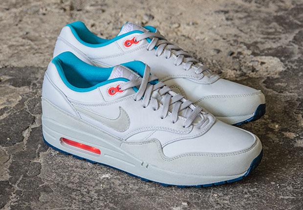 Nike Air Max 1 FB – Pure Platinum – Blue – Orange