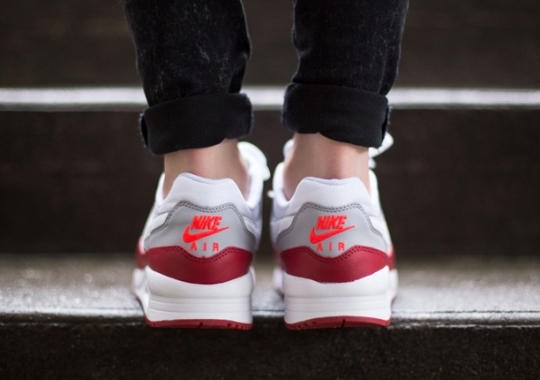 "Nike Air Max Light GS ""Gym Red"""