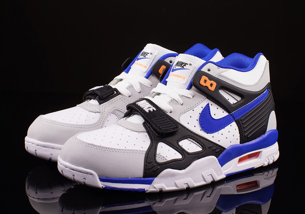 """huge discount 6181a ea2b3 Nike Air Trainer 3 """"Knicks"""" – Available"""