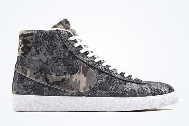Nike Blazers Graphiques Blanc Swoosh Noir