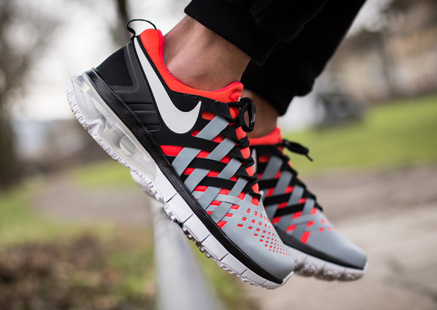 70%OFF Nike Fingertrap Max Bright Crimson Dove Grey Black ... fe051c5d1