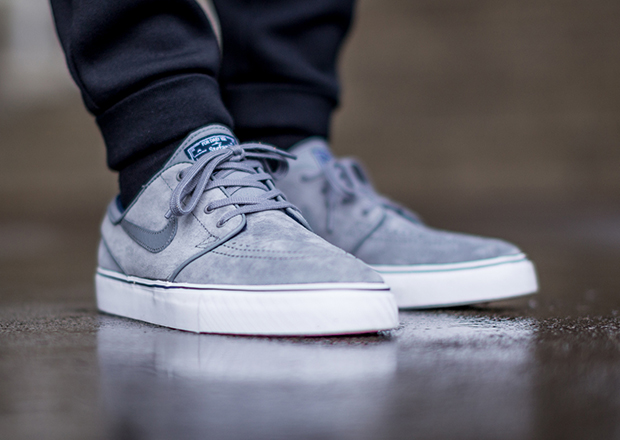 nike janoski blue and cool grey