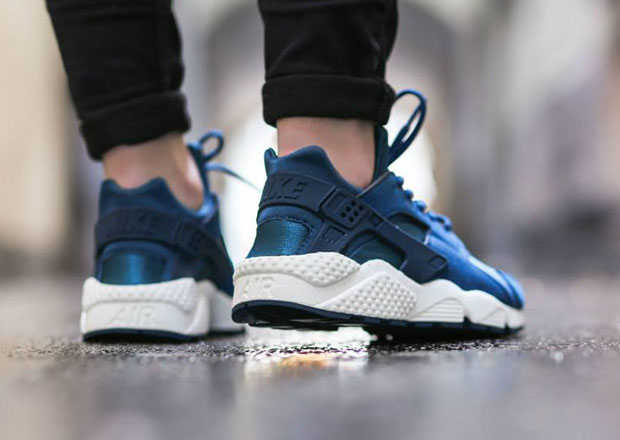 2f384614049e Nike Womens Air Huarache - Blue Force - Sail - SneakerNews.com