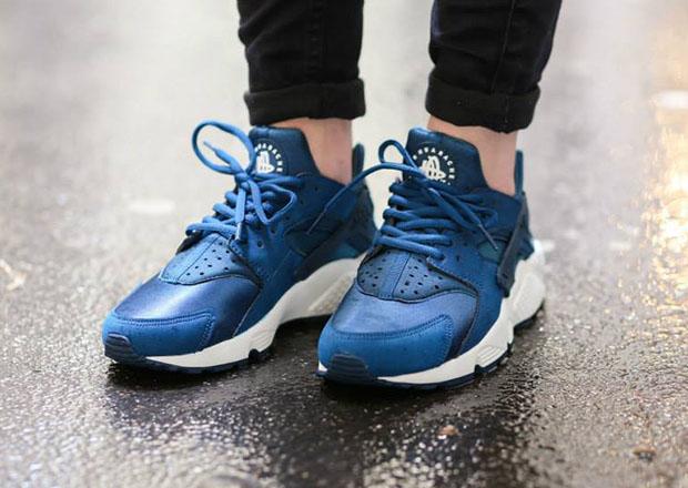 Nike Womens Air Huarache - Blue Force - Sail
