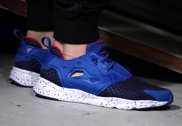 a313cc63f3e Who remembers the Reebok Insta Pump Fury Superlite  If you didn t you re  totally forgiven given the fact that the slimmed down take on Reebok s  favorite ...