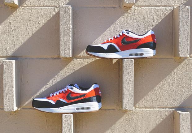 Nike Air Max 1 Essential Black Gamma Orange