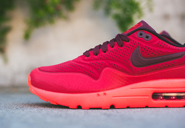 "Nike Air Max 1 Ultra Moire ""Triple Red"" - SneakerNews.com"
