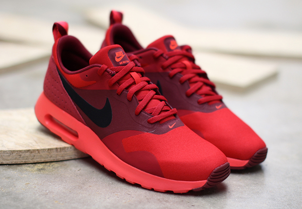 Nike Air Max Tavas Rot