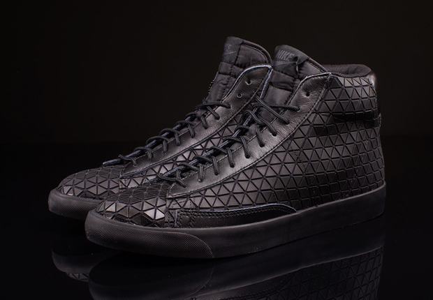 Nike Blazer Mid Metric Black