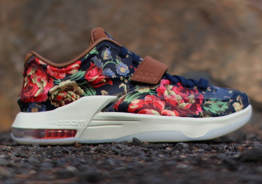 """Nike KD 7 EXT """"Floral"""" – Arriving at Retailers"""