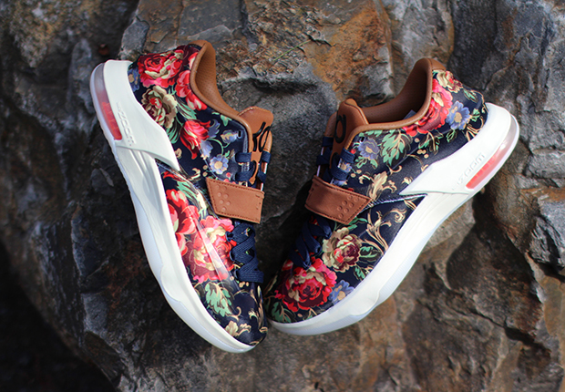 """a73bd91279f0 Nike KD 7 EXT """"Floral"""" Color  Midnight Navy Black-Hazelnut Style Code   726438-400. Release Date  February 12th"""