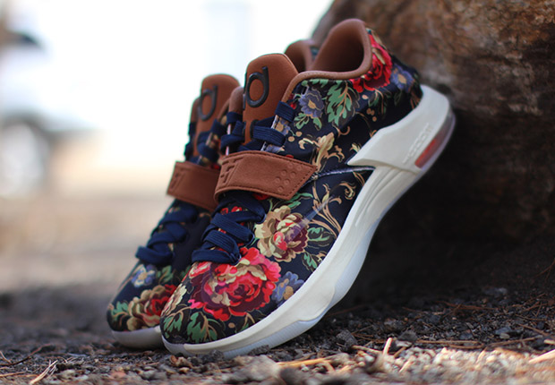 KD 7 EXT Floral Photos and Release Info