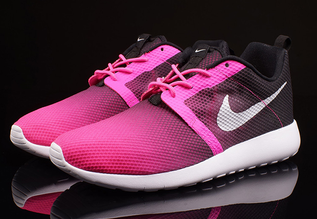 nike girls roshe run flight weight sneakers for men