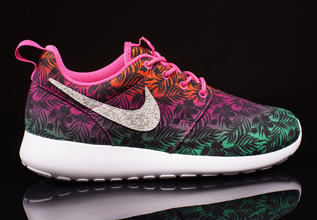 d208967b3536a wholesale nike roshe run pink purple 85d02 87f45  discount code for with  all the action going on up top the solarsoft outsole remains neutral