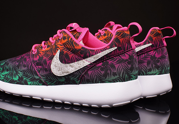 Course Rose Chaud Nike Roshe