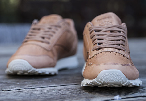 Reebok Pelle Classico Lux Horween Naturale / Luna Bianca vyvgUcty