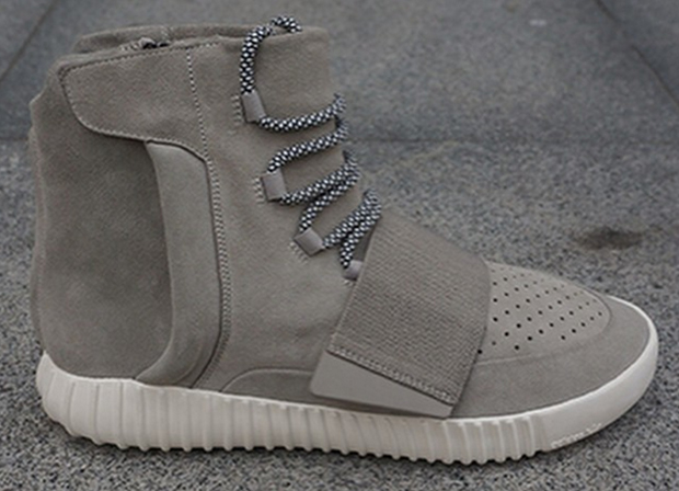 Adidas Yeezy High Top Black