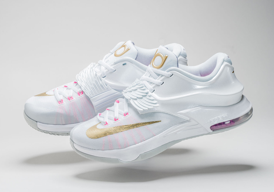 Kevin Durant White And Gold Shoes