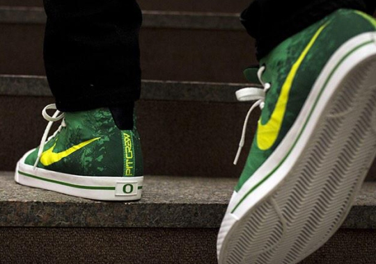 The Newest Nike Oregon Ducks Pit Crew Sneaker Revealed