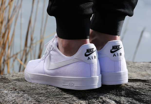 The canvas cousin to the original Nike Air Force 1 Low the Autoclave branding returns here in a near all white look The colorway isn t necessarily the