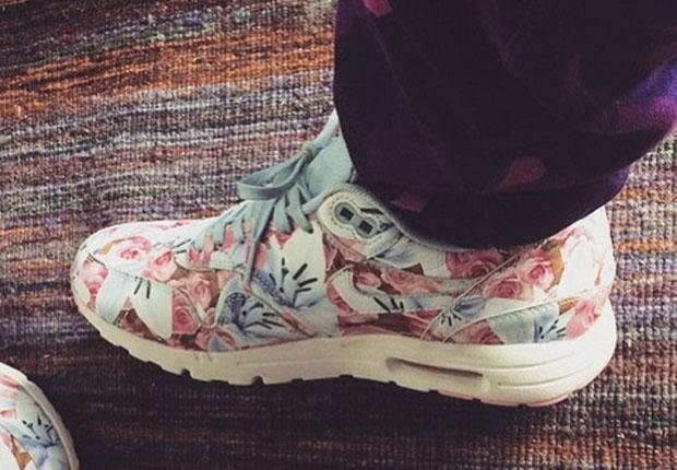 Nike Air Max 1 Flower