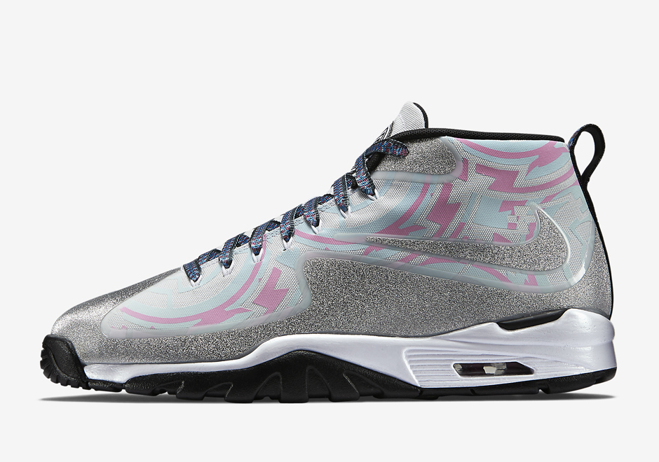 12f31f5e057f0 That funky Air Trainer that LeBron James has been flossing on his  Instagram  It s the Nike Air Vapor Untouchable