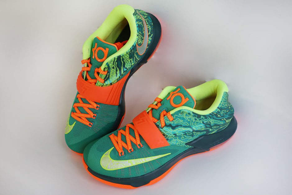 "48a7eb2174b Nike KD 7 ""Weatherman"" Color  Emerald Green Metallic Silver-Dark Emerald  Style Code  653996-303. Release Date  March 5th"
